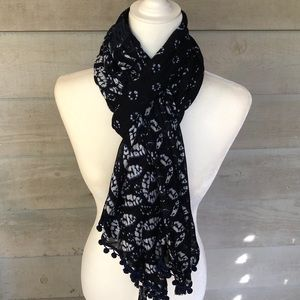 Accessories - GORGEOUS Blue and White Scarf or Wrap!